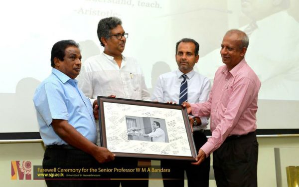 farewell-ceremony-for-prof